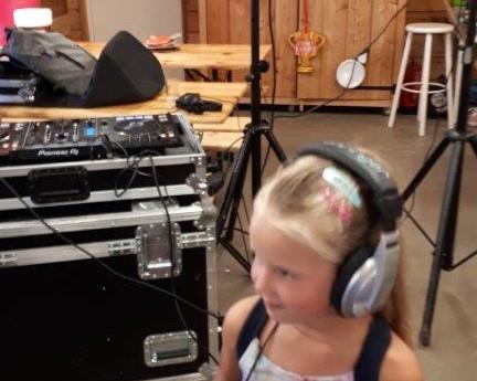 DJ- workshop 1.jpg